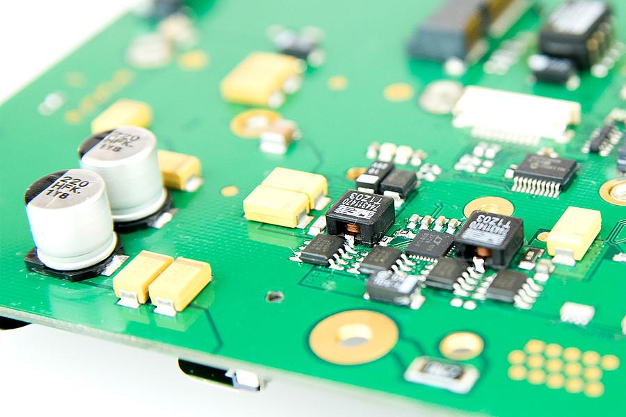 MB65 - COM Express Semi-Custom Design