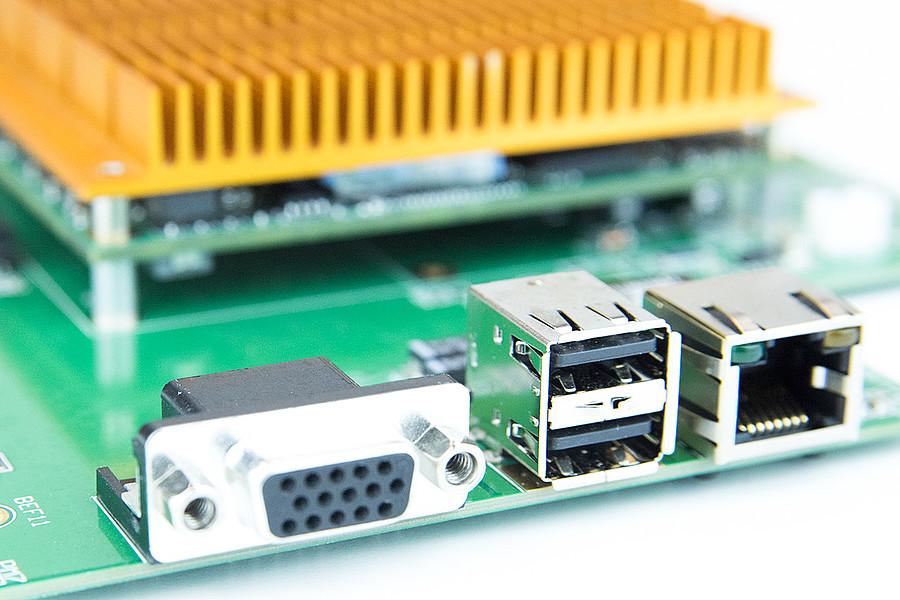 MB48 - COM Express Semi-Custom Design