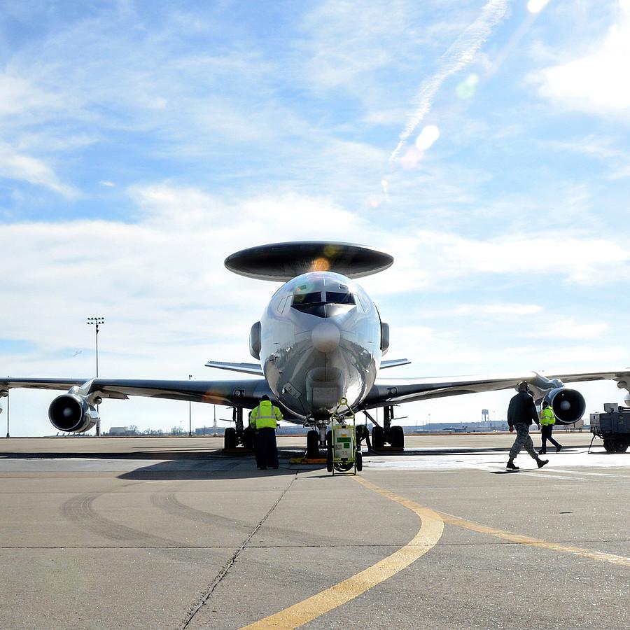 Avionics & Defence - Störungssicher, robust und leistungsstark