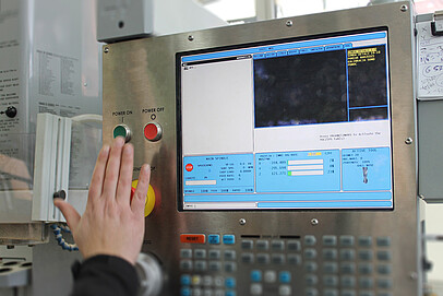 Bedieneinheiten - Industrielle Panel PCs & HMIs